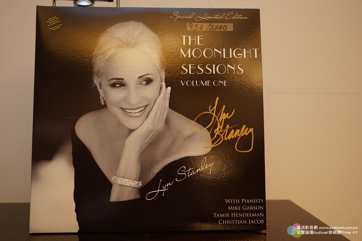 Lyn Stanley The Moonlight Sessions Volume One黑膠