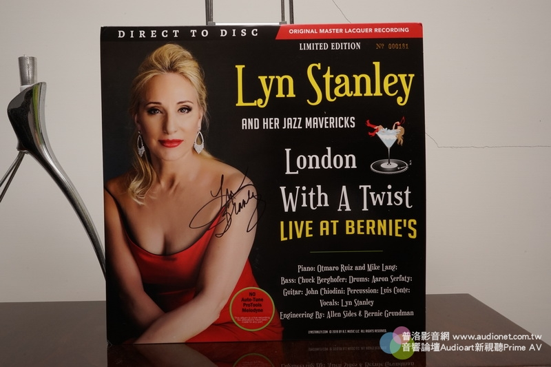 Lyn Stanley London With A Twist Live At Bernie;s D2D